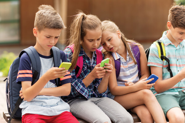 How to control screen time on your kid's phone?