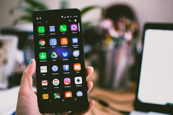 How can I spy on Android?